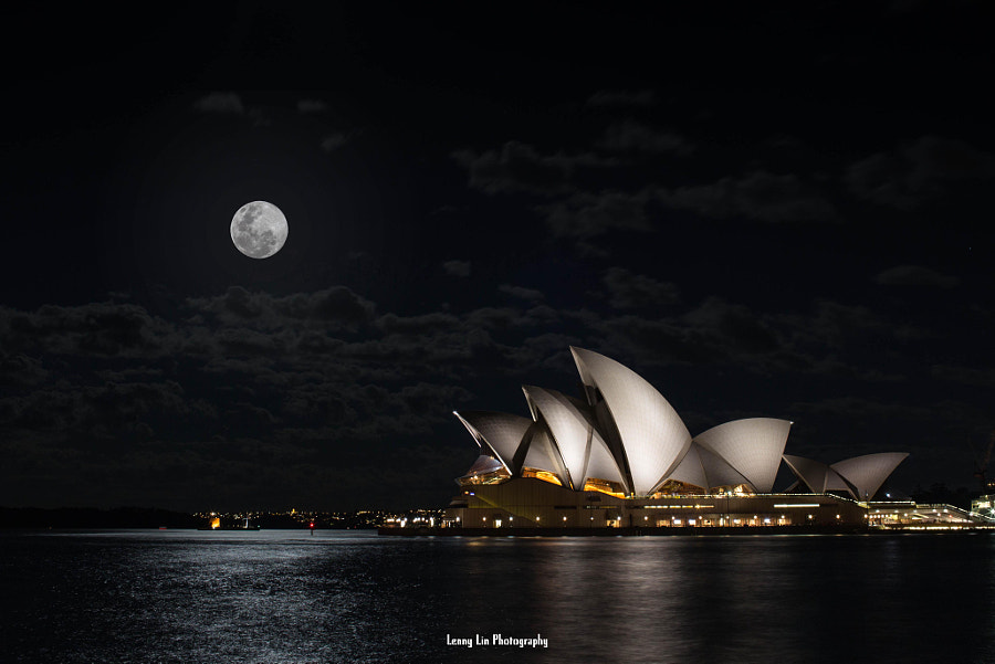Photograph Super Moon by Lenny Lin on 500px