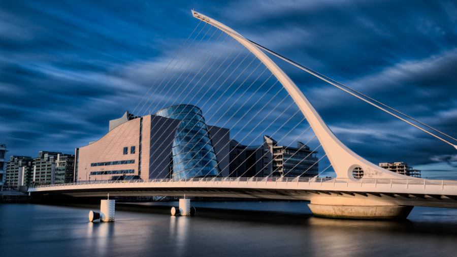 Samuel Beckett Bridge by Alex Sneiders on 500px.com