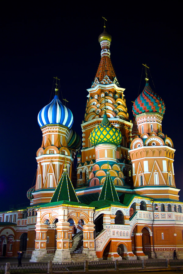 Photograph St. Basil's Cathedral, Moscow, Russia by parentheticalpilgrim on 500px