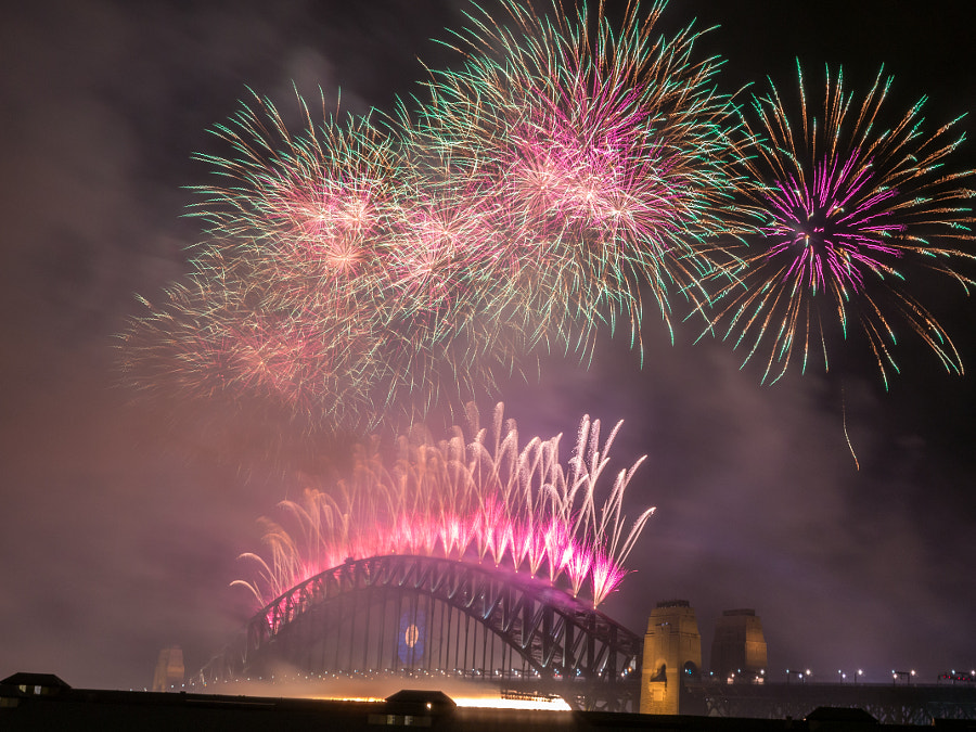 Photograph Sydney's Fireworks 2014 by Travis Chau on 500px