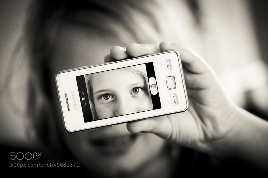 Photograph mobile phone-eye by Sven Becker on 500px