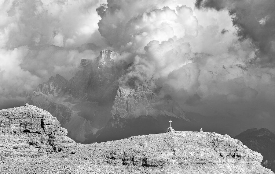 """<a href=""""http://www.hanskrusephotography.com/Workshops/Dolomites-Workshop-Oct-8-12-12/18012376_JfTs4d#!i=1962420831&k=bVG7pV7&lb=1&s=A"""">See a larger version here</a>  This photo was taken while preparing for workshops in this area and the next <a href=""""http://www.hanskrusephotography.com/Workshops/Dolomites-Workshop-10-09-2012/18353367_PGB2zV#!i=1413971330&k=dXfJ2sB"""">photo workshop  in the Dolomites is in September 2012</a>."""