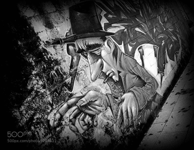 Photograph grey citizen by Raquel Camurasiquel on 500px