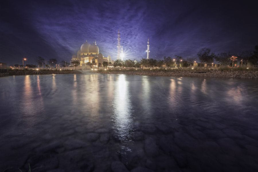 Grand Mosque AD by Iyad Fayad on 500px.com