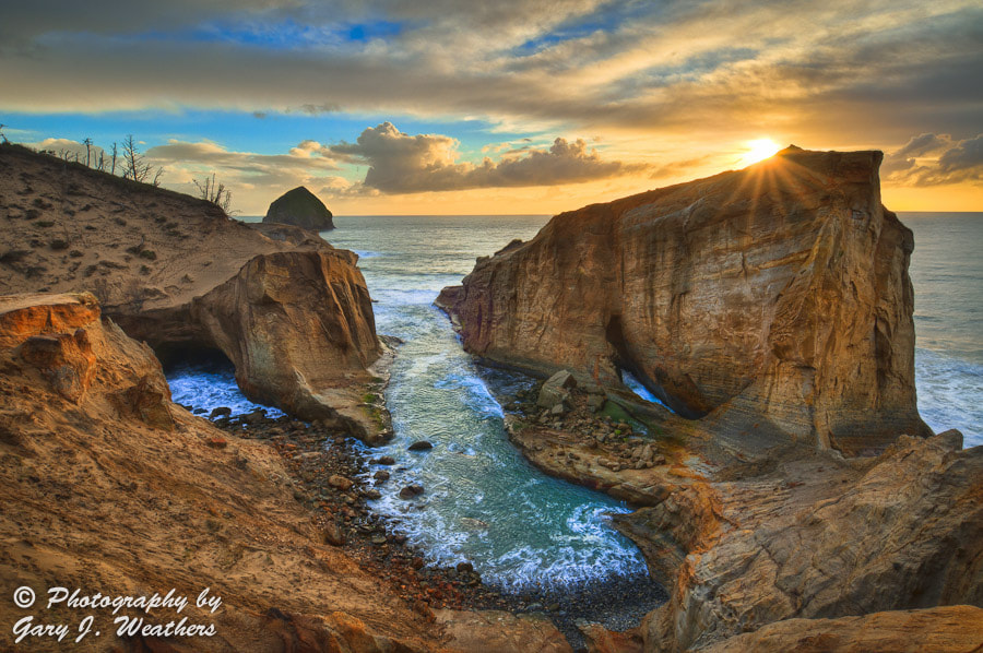 Photograph Cape Kiwanda by Gary Weathers on 500px