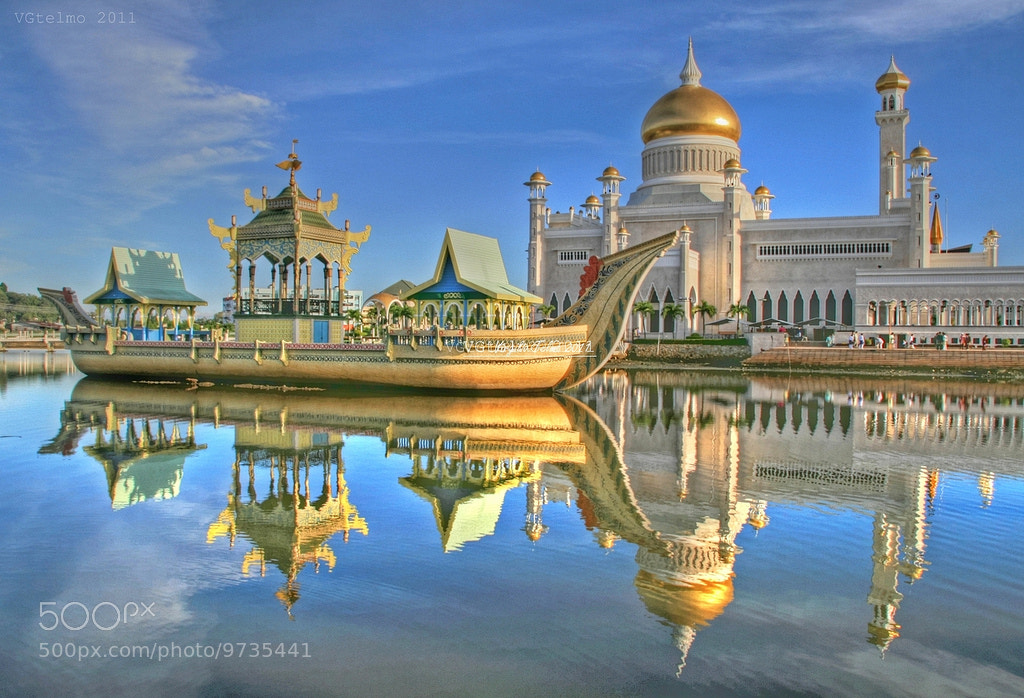 Photograph The mosque by Vey Telmo on 500px
