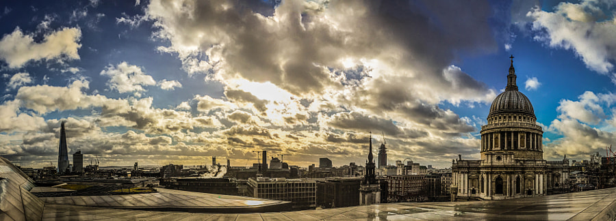 Photograph St Pauls, London. Iphone6 Pano by Sam Shoesmith  on 500px