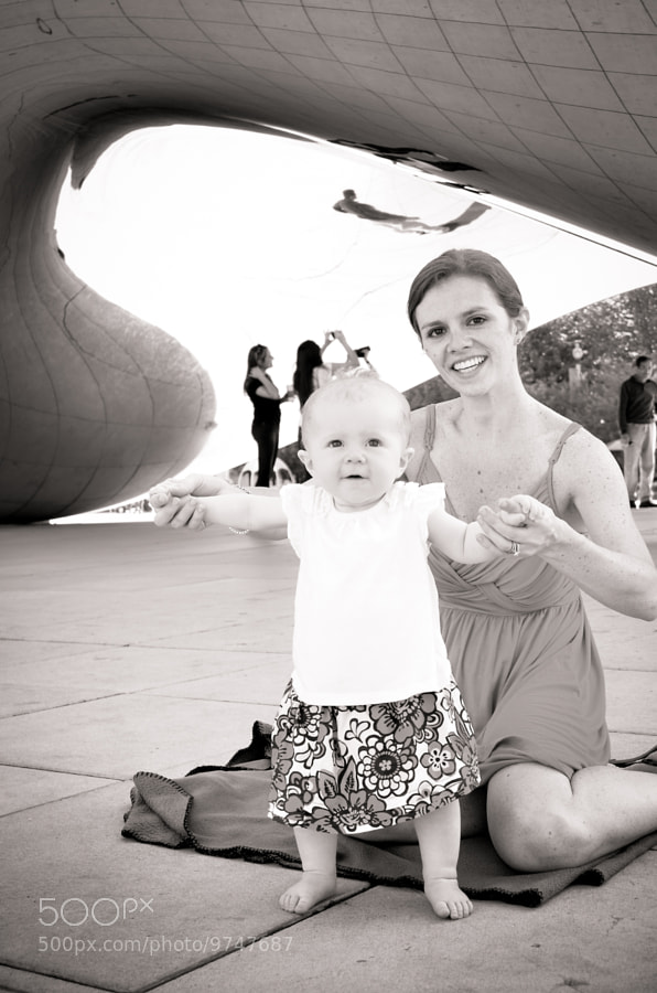 Mommy and Baby at Cloudgate