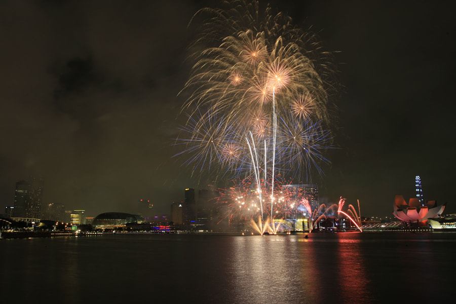 Fireworks at Marina Bay Singapore (from Marina Promontory)