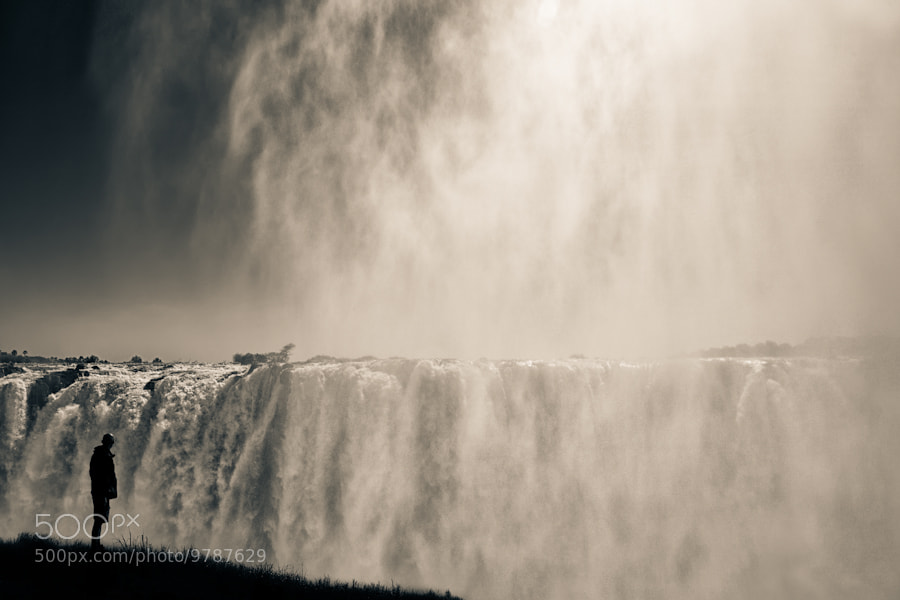 Photograph Looking at The Falls by Mario Moreno on 500px