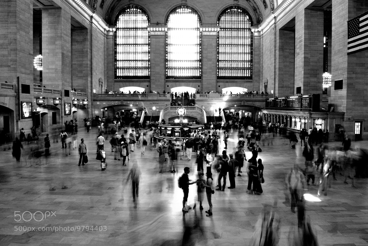 Photograph New York Minute by Paul Quinones on 500px