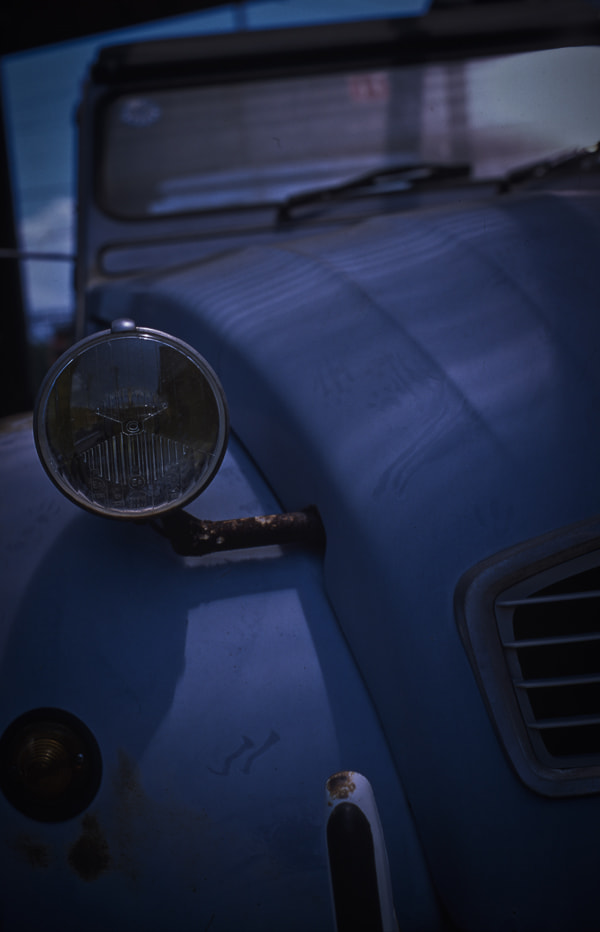 Photograph headlight by Nobuo Furuhashi on 500px