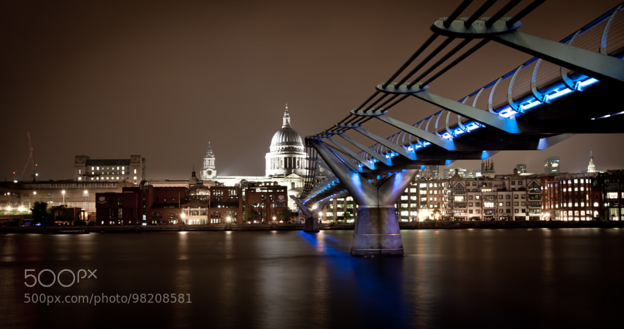 Millenium Bridge and St. Paul Cathedral