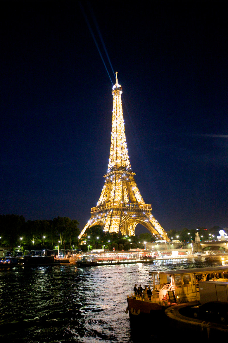Photograph Eiffel Tower from across the Seine by Jim Ranes on 500px