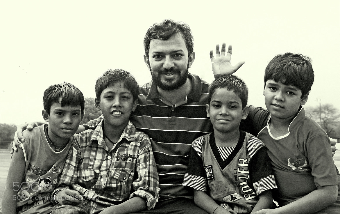 Photograph With the willing kid models.. :) by Samrat  Mukhopadhyay on 500px