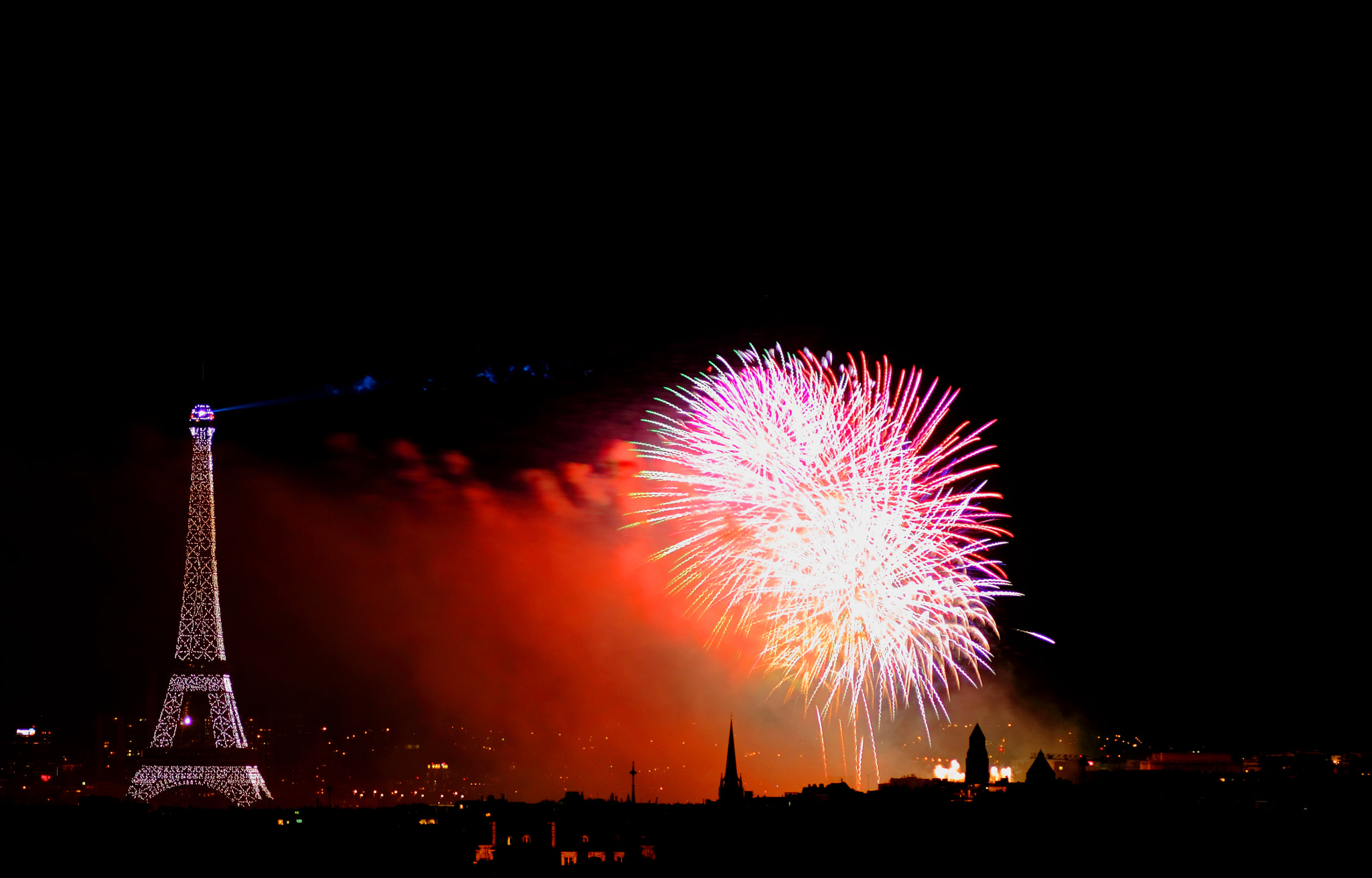 Photograph 14/07 Firework in Paris by Alexandre BLANCHARD on 500px