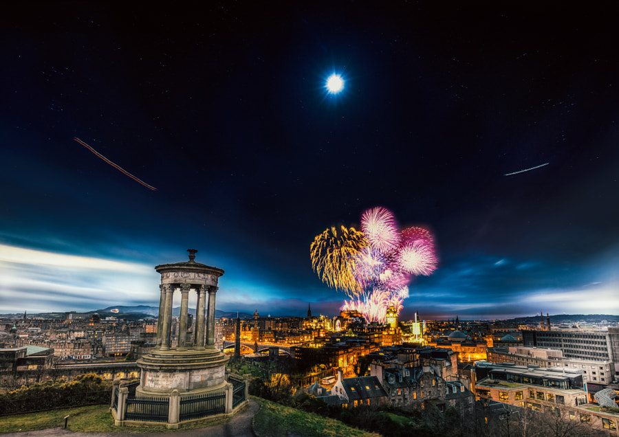 The Time Slice of 2014-2015 Edinburgh Hogmanay by Yifan Chen on 500px.com