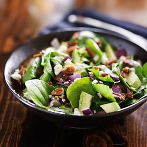 avocado spinach salad with feta cheese, pecans and bacon by Kimberly Potvin on 500px