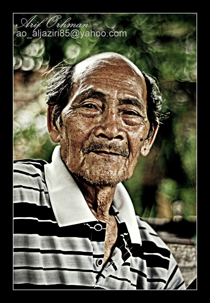 Photograph The Old Man (colour) by Arif Othman on 500px