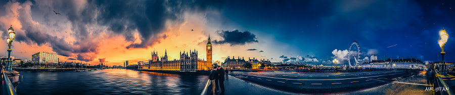 Photograph 360° Panorama & Time slice of the bank of the Westminster Bridge by Yifan Chen on 500px