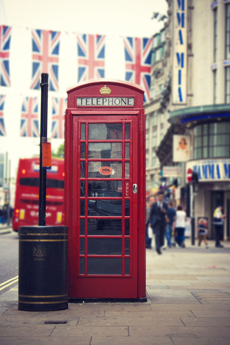 Photograph A Telephone Booth by Vanessa Hernández Carvajal on 500px