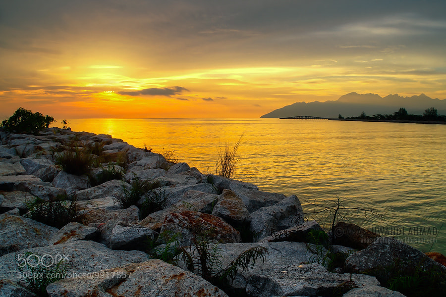 Photograph SUNSET AT LANGKAWI by anassuwandi ahmad on 500px