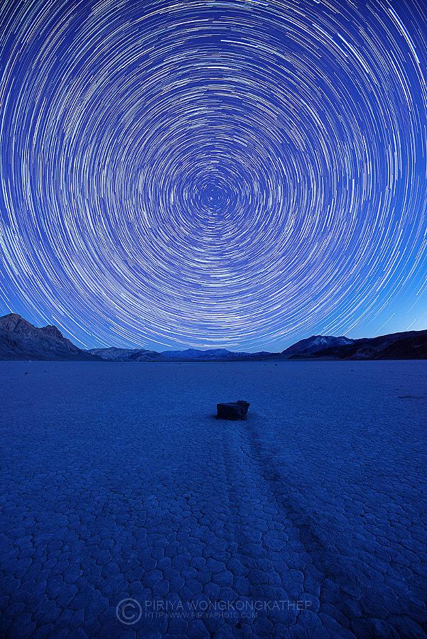 Path to the stars by Piriya Wongkongkathep on 500px.com