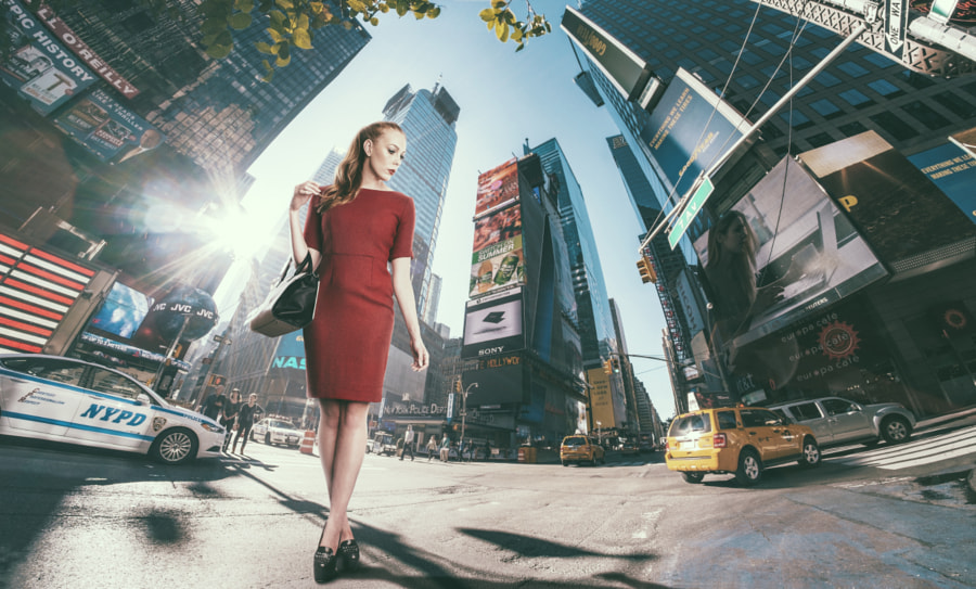 Photograph Red Dress - NYC by Alan Robertson on 500px
