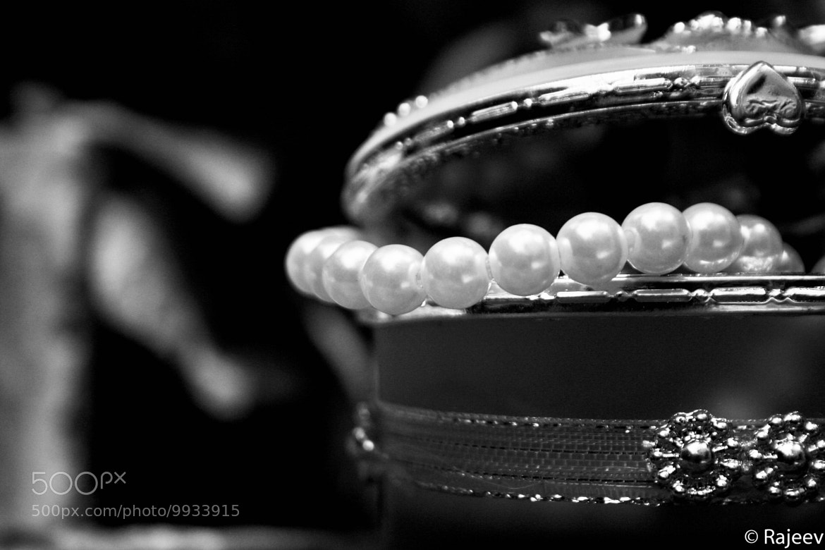 Photograph Shiny Things - Side Click by Rajeev Dilshan on 500px