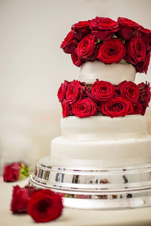 Wedding cake by Paulina Sobczak on 500px.com
