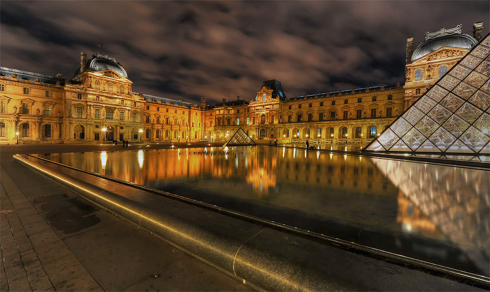 Photograph The Louvre After Dark by Aubrey Stoll on 500px