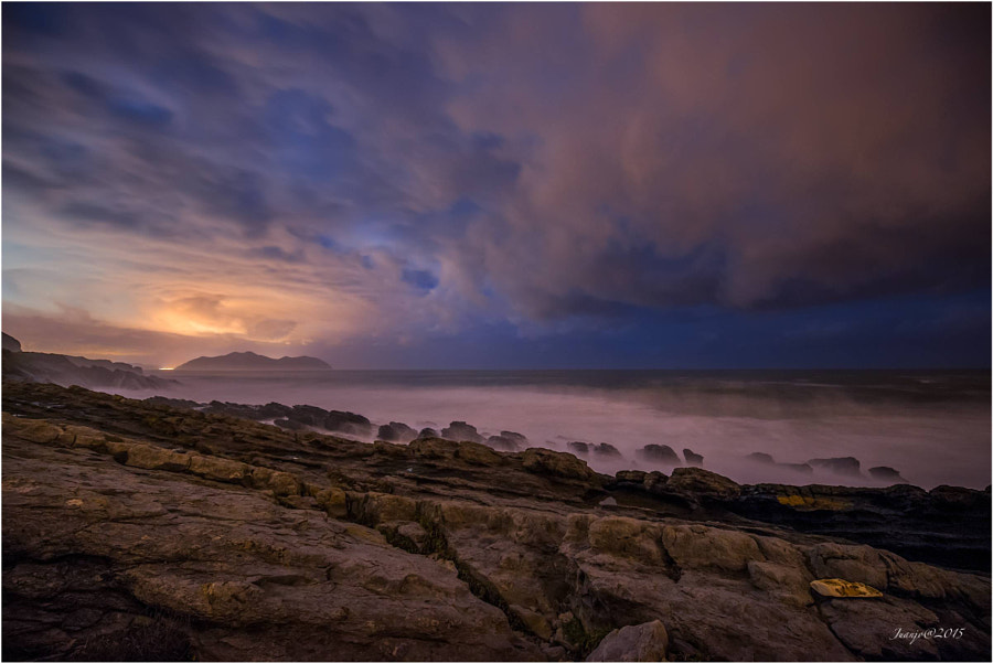 Night and sea de Juanjo Basurto sur 500px.com