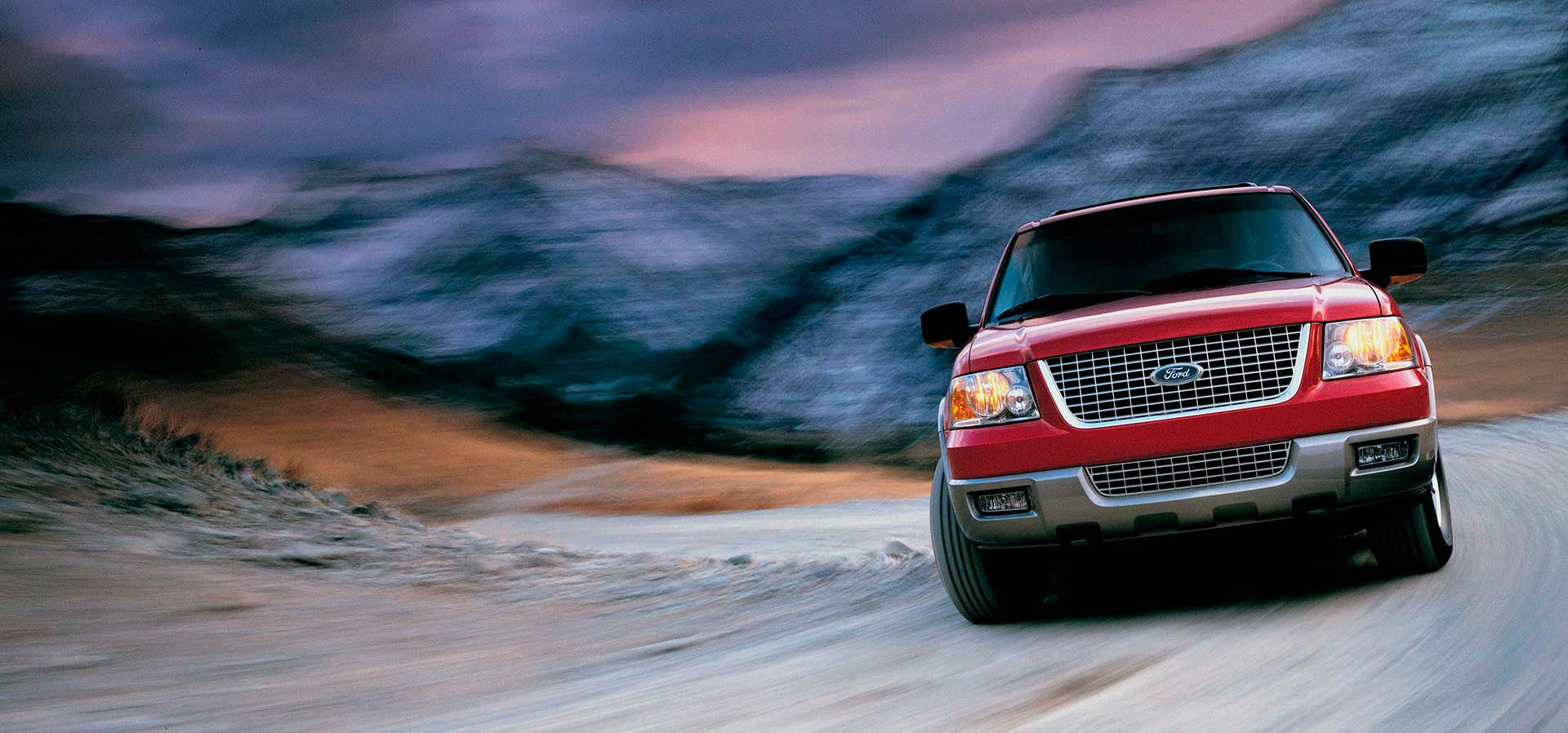 Photograph Ford Expedition  by Nigel Harniman on 500px