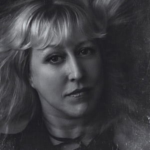 Angi Wallace